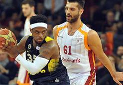 Galatasaray Odeabank-Fenerbahçe Doğuş derbisi seyircisiz
