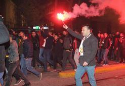 Eskişehirspor taraftarlarından protesto