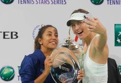 Bülent Serttaşın Sharapova paylaşımı olay oldu