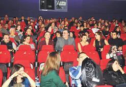 'Hükümet Kadın'  seyirciyle buluştu