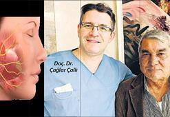 Tükürük bezi tümöründen İzmir'de kurtuldu
