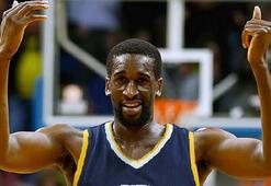 NBAin yeni blok canavarı Ekpe Udoh