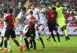 Türkiye - Arnavutluk maç özeti: 2-3