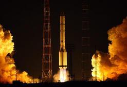 Yeni uydular için imzalar atılıyor