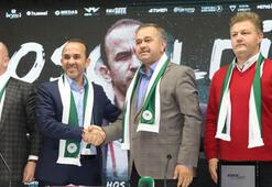 Atiker Konyasporda Özdilek sözleşme imzaladı