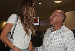 Havalimanında babası karşıladı