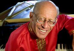 Efsanevi piyanist David Helfgott, Rachmaninov için geri geliyor