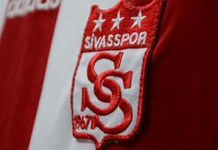 Sivasspordan Onur Kıvraka çok sert cevap Vatan hainlerinin ipine sarılmaya çabalamak...