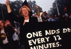 Pera Film'den Dünya AIDS Günü Programı: Buradayım