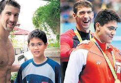 Michael Phelps'e  hayran çelmesi