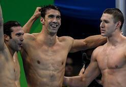 ABD Yüzme Erkekler 4x100 bayrak yarışında altın madalya kazandı