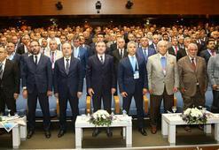 Spor Bakanı Bak, fotoğraf çekilme rekoru kırdı