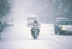 İstanbulda soğuk ve kar yağışı uyarısı...