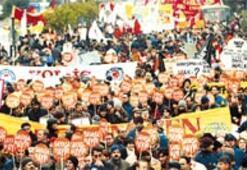 'Türkiye mozayiği' barış için yürüdü
