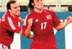 Galatasaray yöneticisinden sarayda futbol sergisi