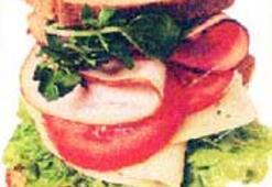 Göz göre göre sandviç