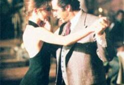 Tam tango havasındayım