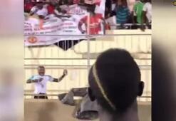 Sadio Mane kendisi için açılan pankartı beğenmedi