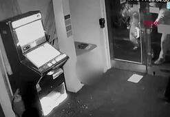 Hırsızların planını sis makinesi bozdu
