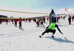 Kar Voleybolu, Erciyeste parlıyor