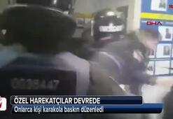 Polis karakolunu bastılar