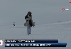 Doğu Ekpresiyle Kars'a gelen soluğu gölde alıyor