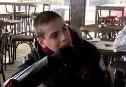 Dünyanın tek otizmli ikiz milli kayakçıları Fransaya hazırlanıyor