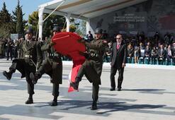 Cumhurbaşkanı Erdoğan, Şehitler Abidesinde törene katıldı