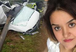 Otomobil aydınlatma direğine çarptı: Anne öldü, oğlu kurtuldu