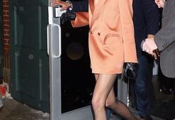 Kendall Jenner ceketini giyip çıktı