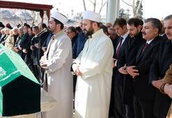 Dr. Mehmet Özün babası son yolculuğuna uğurlandı