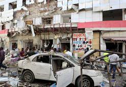 Son dakika... Somalide patlama ve silah sesleri
