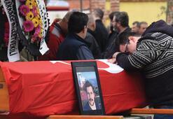 Kerç Boğazındaki gemi yangınında hayatını kaybeden Semih Solak toprağa verildi