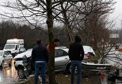 Son dakika: Sarıyerde korkutan görüntü Otomobilin motoru yola fırladı
