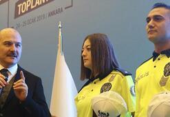 Yeni polis üniformaları canlı yayında tanıtıldı