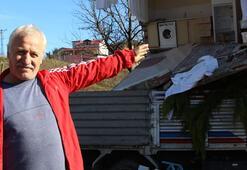 Virajı alamayan kamyon eve daldı 2 yaralı…