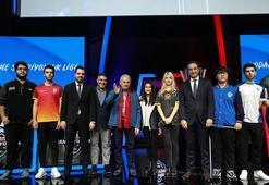 Binali Yıldırım e-spor sahnesinin açılışını yaptı