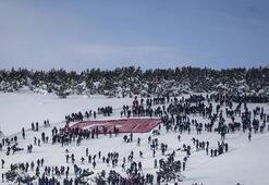 Buz gibi havada 40 bin kişi