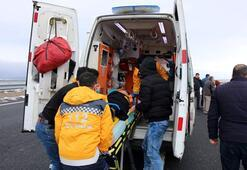 Kaza yapan aileye ilk müdahaleyi, yoldan geçen doktor çift yaptı