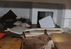 Duvar yıkılınca ne olduğunu anlayamadılar Evde bulunanlar kabusu yaşadı