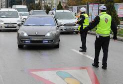 Araç sürücüleri dikkat Bunu yapana 488 lira ceza kesildi...