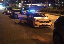 Çok acı haber Dur ihtarına uymayan araç polislere çarptı