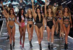 Adriana Lima, Victoria's Secret'a veda etti