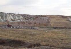 Son dakika... Bakan Ersoy Kapadokyadan ayrılmadan yıkımlar başladı