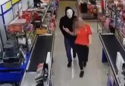 Kapanış saatine yakın markete girdi Kasiyer kızı zorla oraya götürüp...