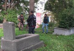 Mezarlıkta uyuşturucu operasyonu