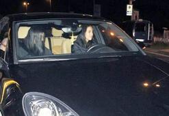 Zehra Çilingiroğlu arabasını çizmiş