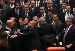 TBMMde CHP ve MHP milletvekilleri arasında arbede