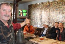 Yanında vesikalık fotoğrafı olan burada çay içebilir