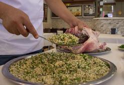Lezzetini dağ reyhanından alan yemek: Kaburga dolması